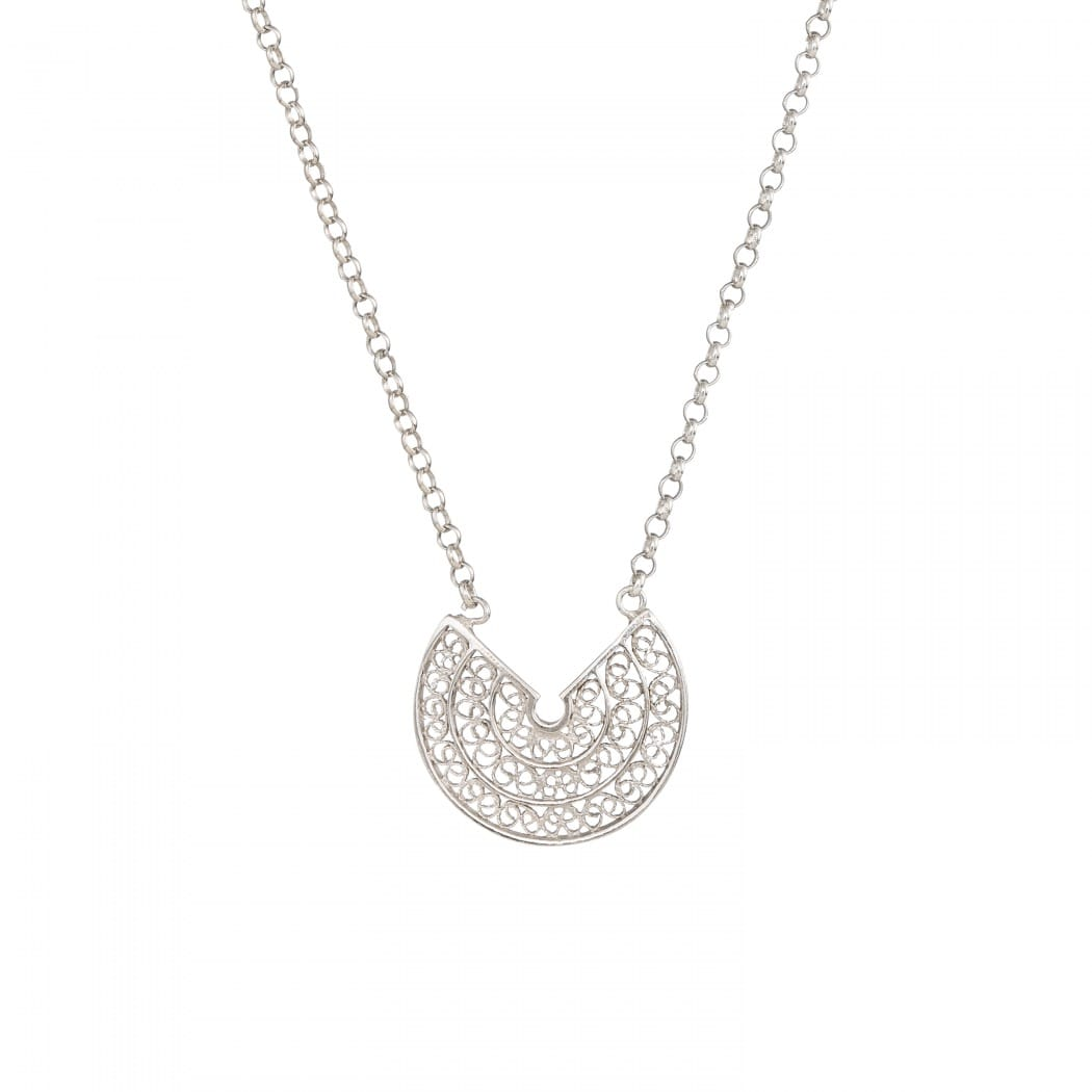 Necklace Circles in Silver