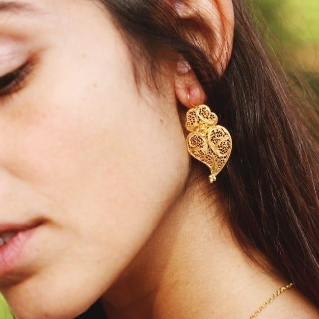 Brincos Coração de Viana 4,0cm em Prata Dourada