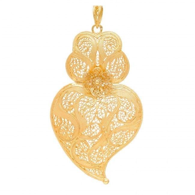 Colar Coração de Viana 7,5 cm em Prata Dourada