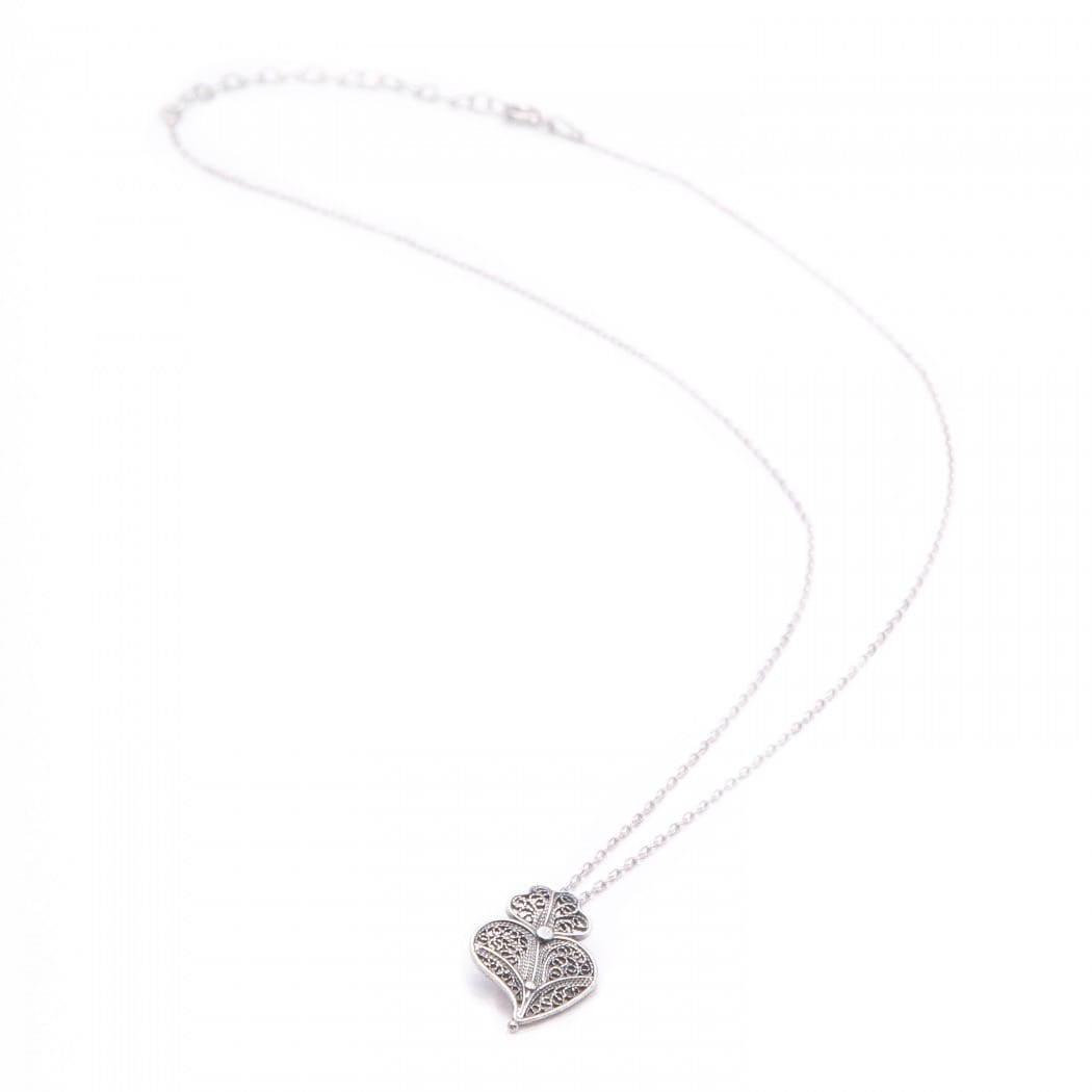 Necklace Heart of Viana in Silver