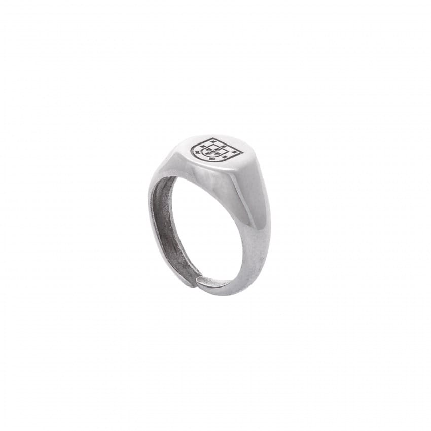 Ring Escudo in Silver