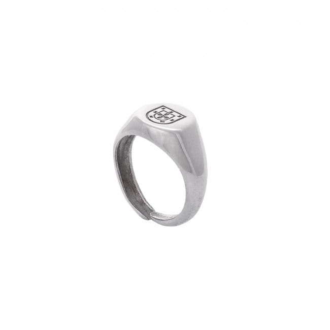 Shield Ring in Silver