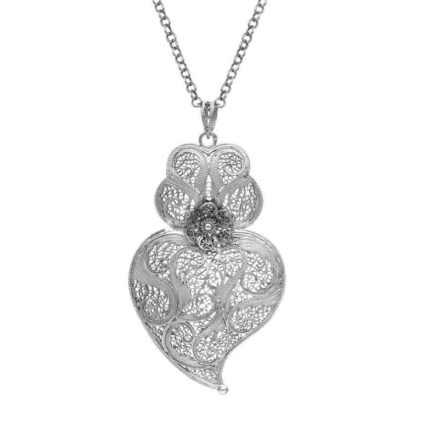 Colar Coração de Viana 7,5 cm em Prata