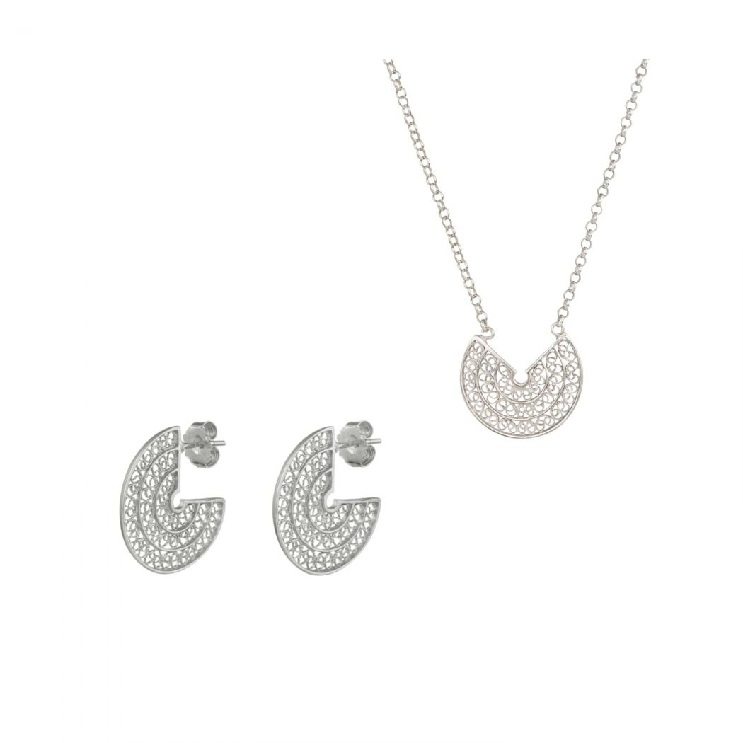 Set Circles in Silver