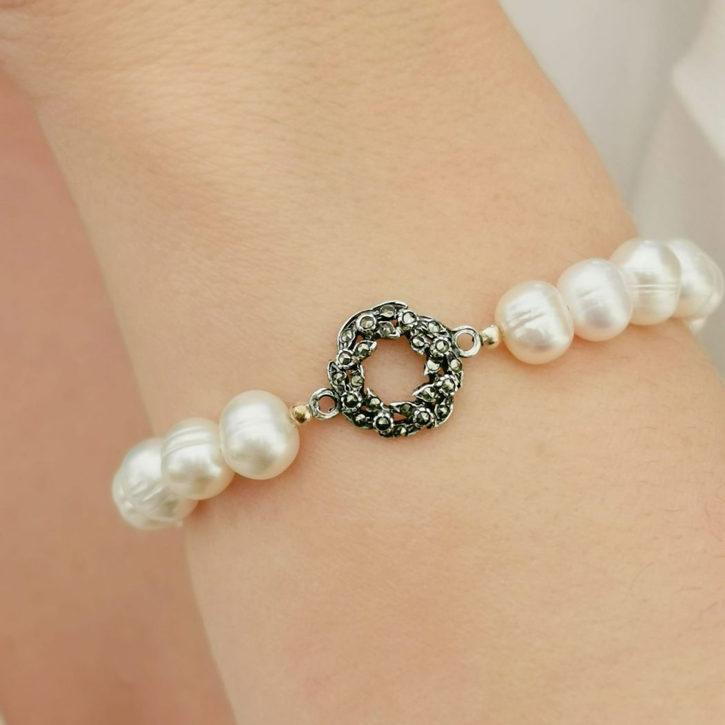 Bracelet Crown Marcasites in Silver and Pearls