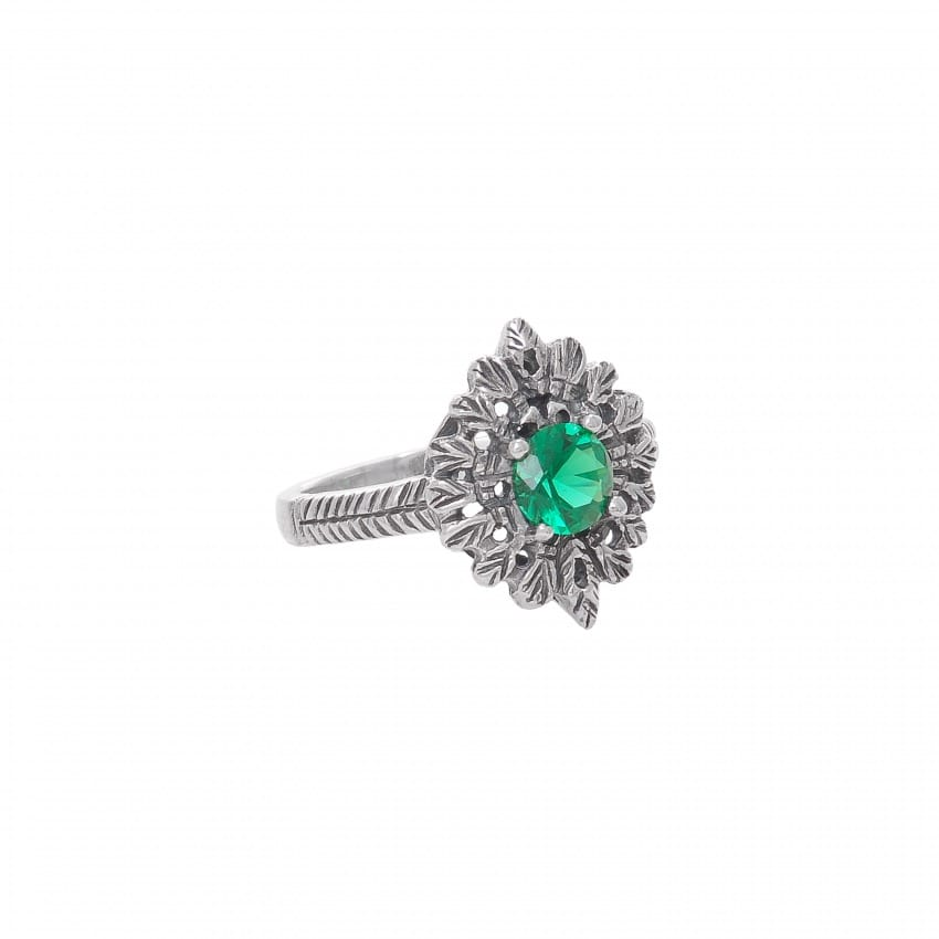 Ring Queen Emerald in Silver