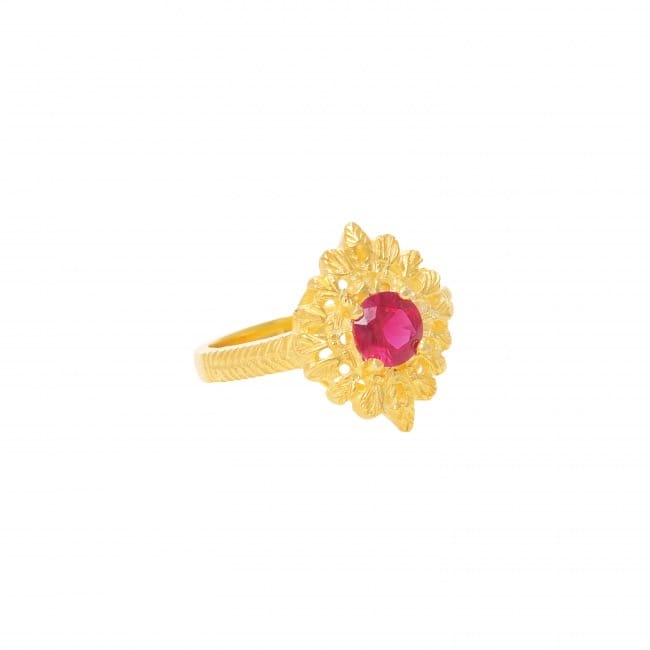 Ring Queen Ruby in Gold Plated Silver