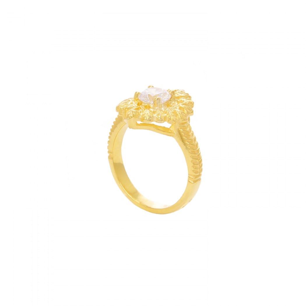 Anel Rainha Zircônia em Prata Dourada