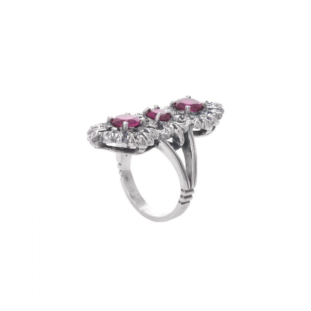 Ring Queen Ruby Triple in Silver