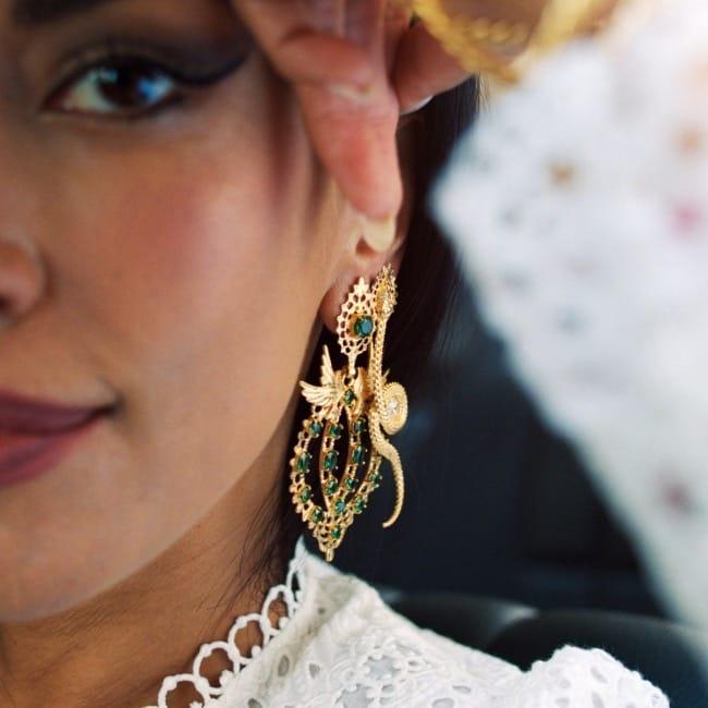 Brincos Rainha Pomba Esmeralda em Prata