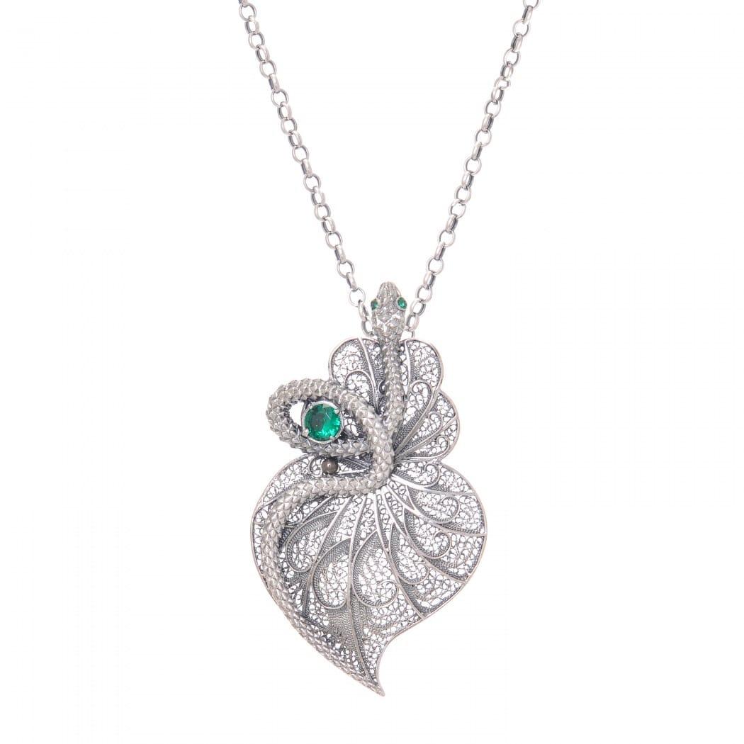 Colar Coração Cobra Esmeralda em Prata