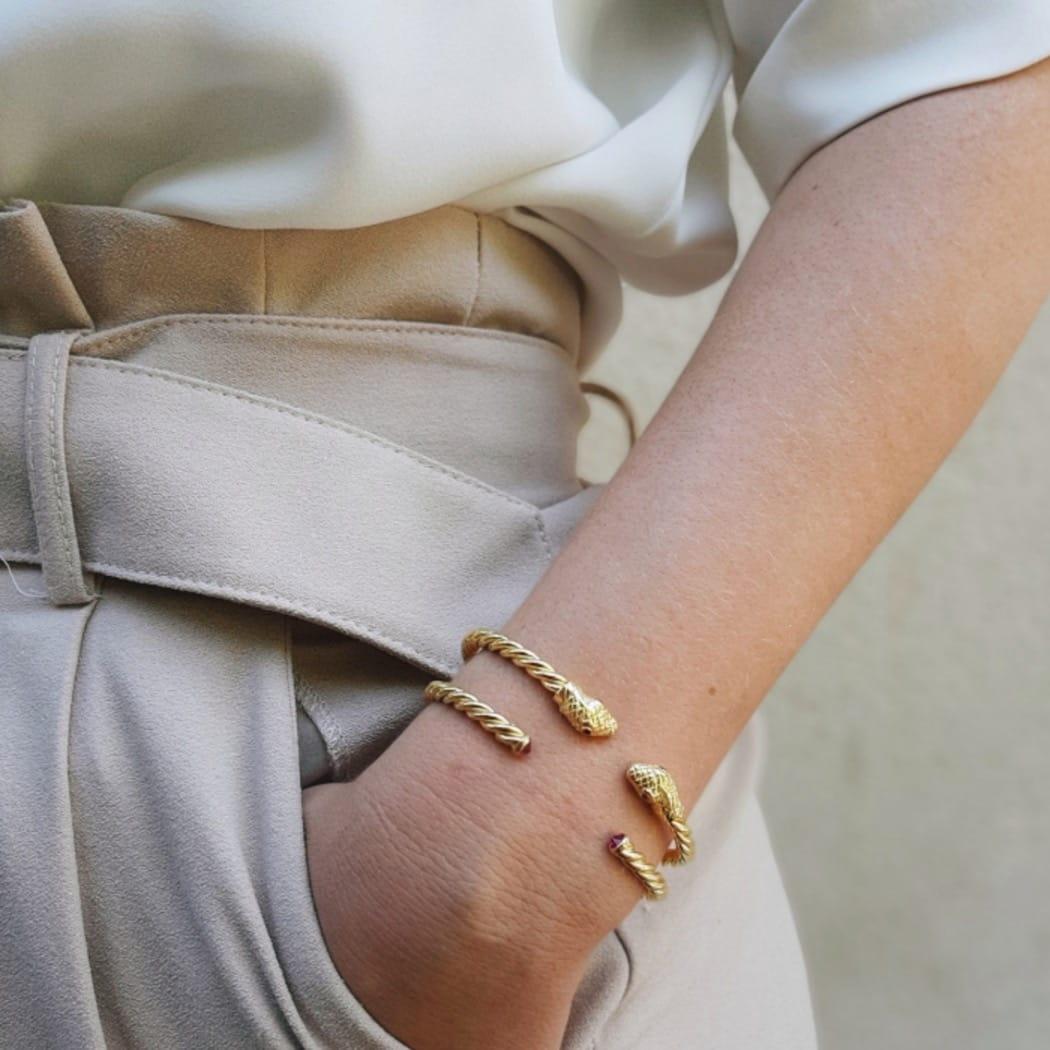 Pulseira Escrava Corda Rubi em Prata dourada