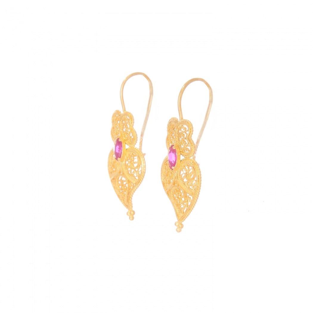 Brincos Coração de Viana Rubi em Prata Dourada