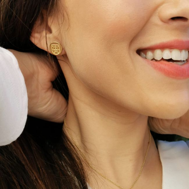 Earrings Escudo in Gold Plated Silver