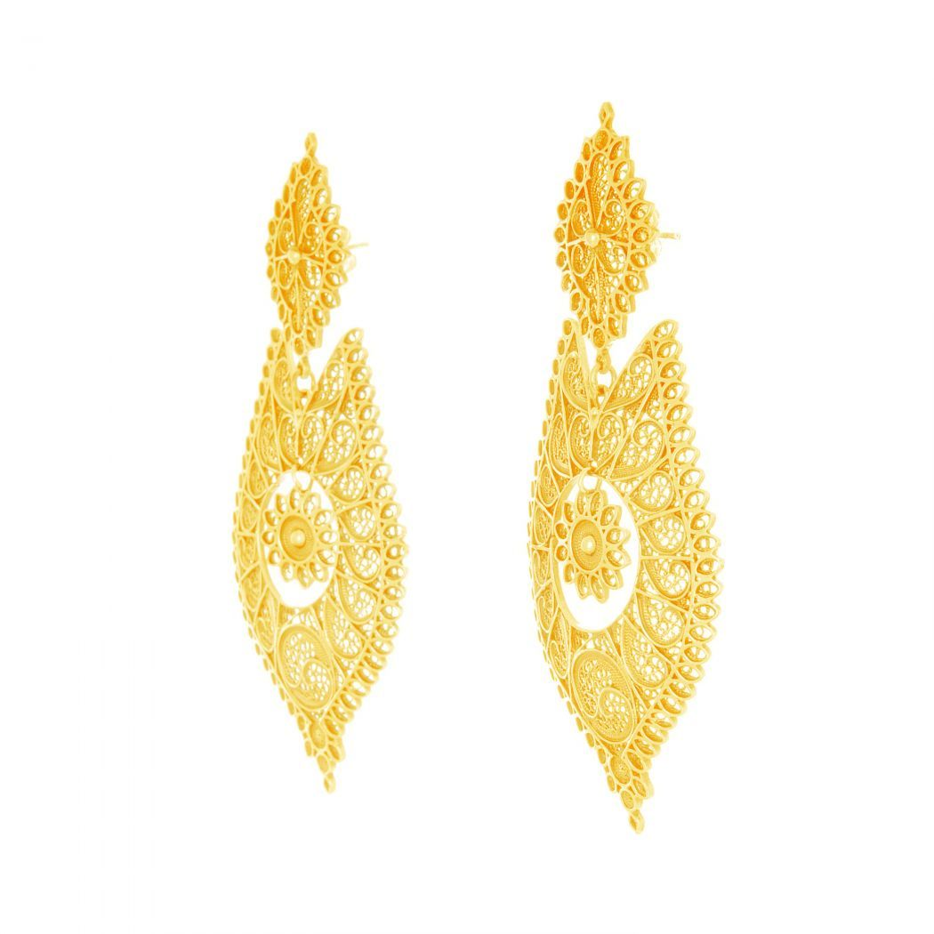 Brincos à Rainha Ícone em Prata Dourada