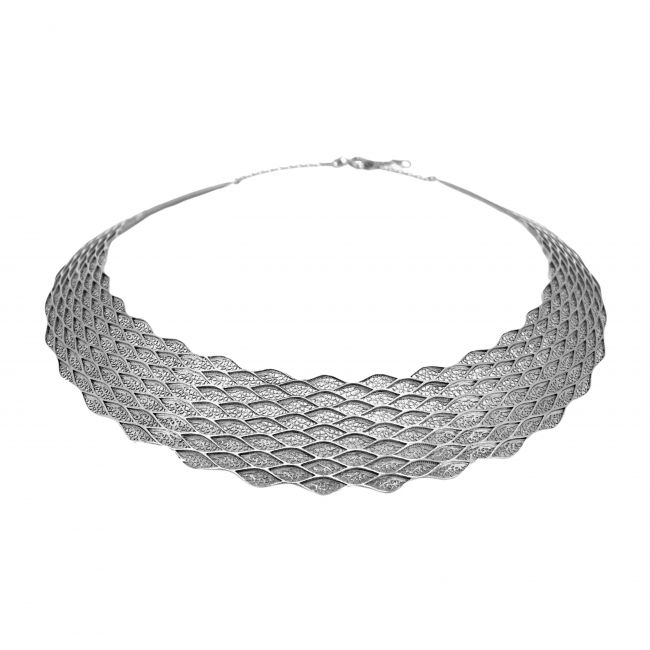 Necklace Choker in Silver
