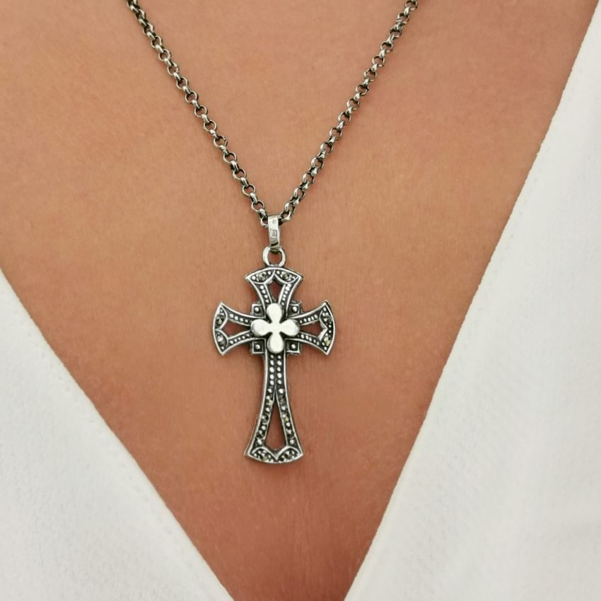 Necklace Cross with Marcasites in Silver